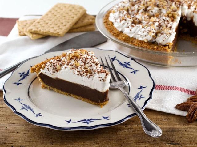 Chocolate Icebox Pie on The History Kitchen #vintage #recipe