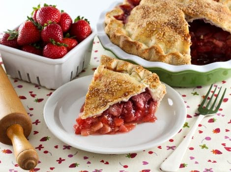 Strawberry Rhubarb Pie - Old fashioned recipe thickened with tapioca. More strawberry, less rhubarb for just the right amount of tartness.