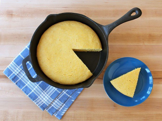 What Elvis Ate: Buttermilk Skillet Cornbread - Learn to make Southern-style skillet cornbread with buttermilk, the way Elvis Presley might have enjoyed it at Graceland in Memphis.