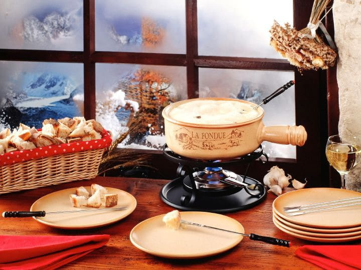 How to Make the Perfect Cheese Fondue - Ten tips for making a perfect cheese fondue. Includes cheese types, wines, non-alcoholic, gluten-free tips and more.