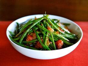 Green Bean Tomato Saute - Healthy Vegan Side Dish