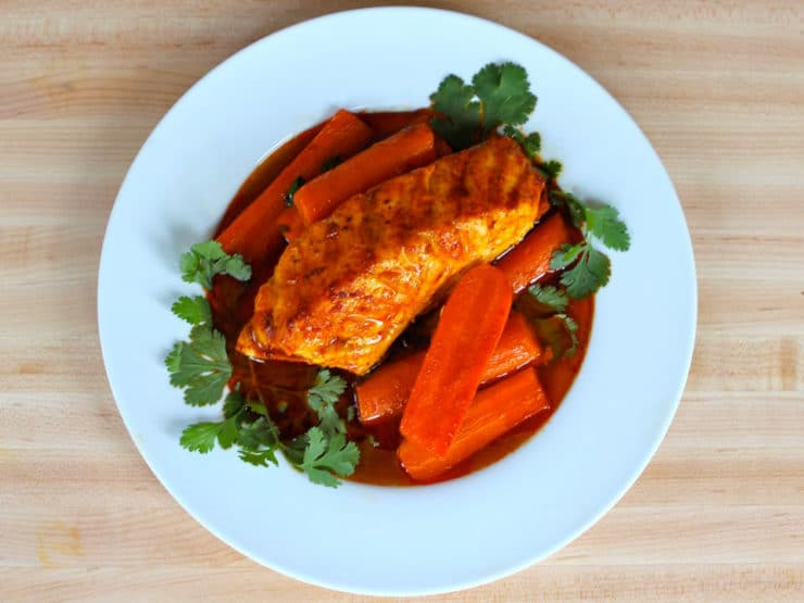 Smoked Paprika Fish with Carrots – Easy Healthy Dinner Recipe with ...