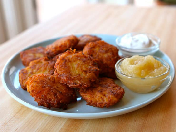 Crispy Yukon Gold Latkes - Learn to make perfect mini bite-sized potato latkes cooked extra crisp using six simple ingredients. Gluten free, kosher, pareve, dairy free.