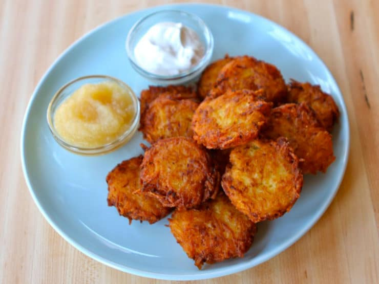Crispy Yukon Gold Latkes - Learn to make perfect mini bite-sized potato latkes cooked extra crisp using six simple ingredients. Gluten free, kosher, pareve, dairy free