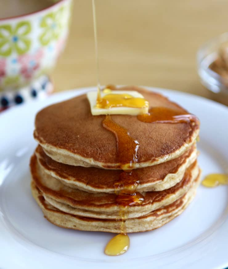 What Rosa Parks Ate: Peanut Butter Pancakes - Learn to make Rosa Parks' Featherlite Peanut Butter Pancakes with this vintage recipe and step-by-step photos.