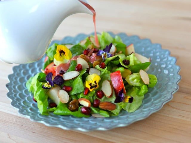with pomegranate avocado slow cooker pomegranate chicken salad apple ...