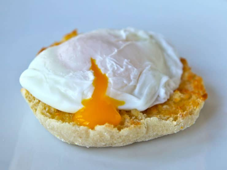 How to Poach Eggs - Learn a simple, foolproof method for poaching eggs to perfect doneness with a step-by-step photo tutorial.