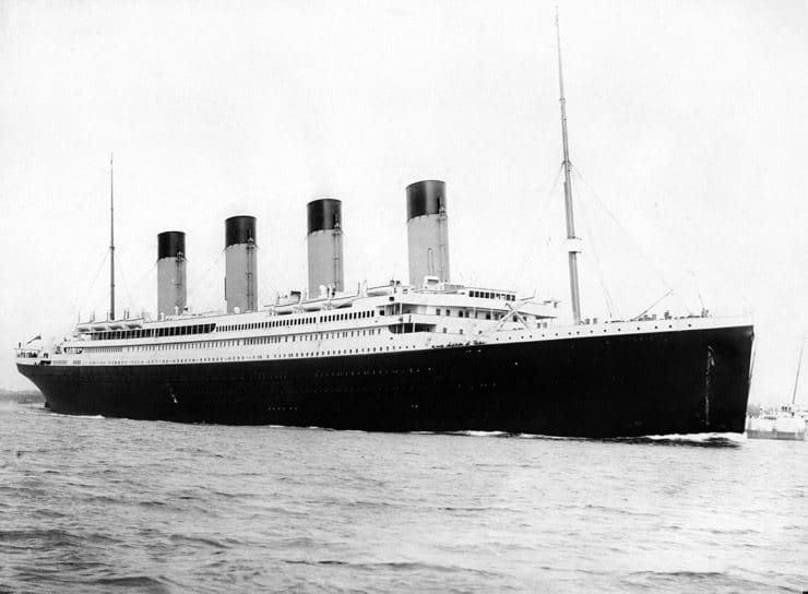 RMS Titanic 3 on her maiden voyage