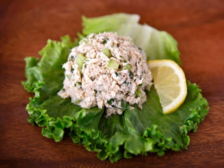 Healthy Mediterranean Tuna Salad - Learn to make herby, delicious, flavorful and low cholesterol tuna salad. No mayonnaise. Kosher, Mediterranean diet, low carb, gluten free.