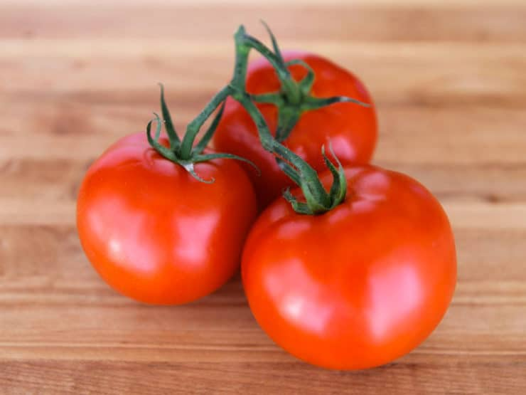 How to Seed Tomatoes - Three easy ways to seed a tomato quickly and easily with step-by-step pictures.