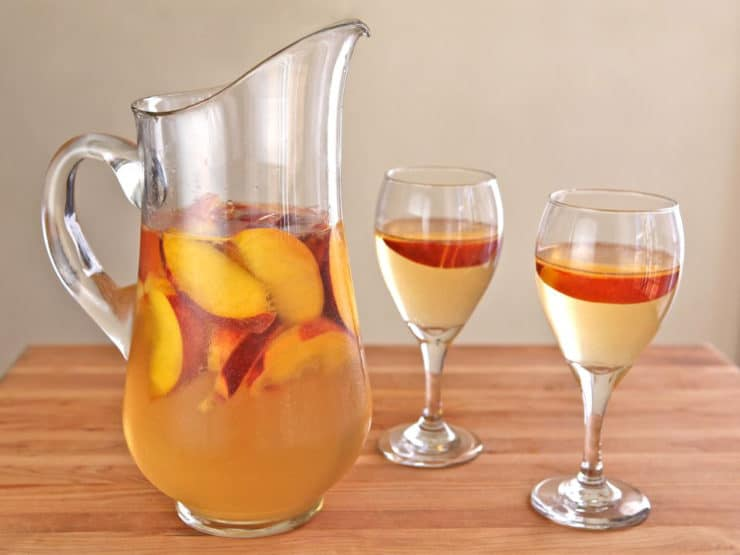 Peach Sangria Easy Summer Recipe