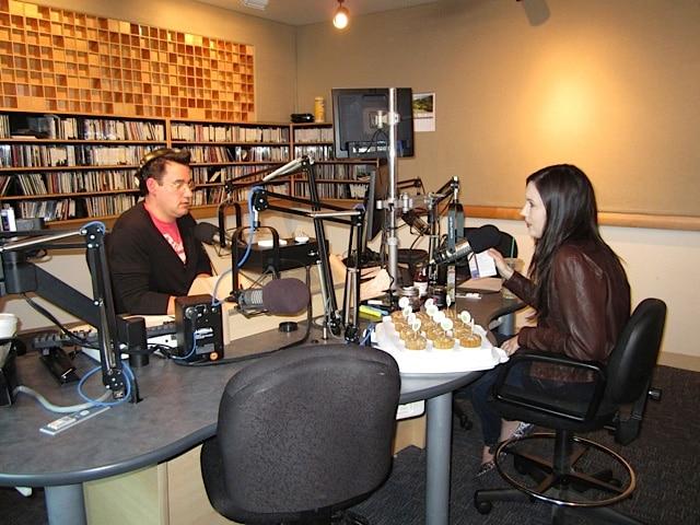 Dining Around with Joel Riddell – Radio Interview