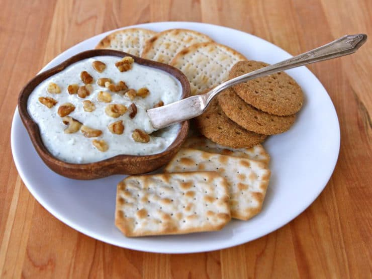 Greek Yogurt Snack Dip - Rich lowfat Greek yogurt blended with walnuts ...