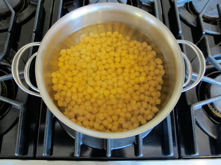 How to soak cook and freeze dried chickpeas garbanzo beans quick soaking chickpeas in large pot on stovetop ccuart Choice Image