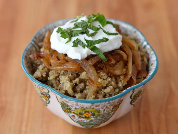 Quinoa Mujadara with Greek Yogurt