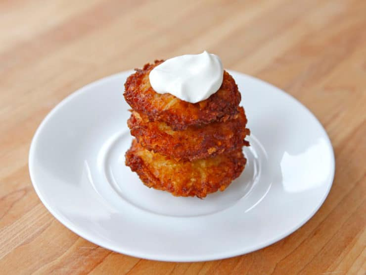 Crispy Panko Potato Latkes - Perfectly crispy panko potato latkes with a fluffy, flavorful center. Step-by-step tutorial and cooking technique with photos. Hanukkah, kosher.