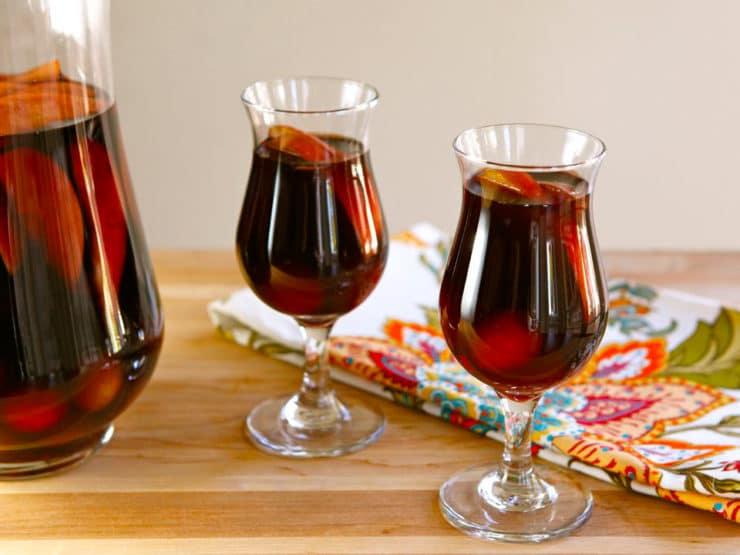 Thanksgiving Cider Sangria Recipe
