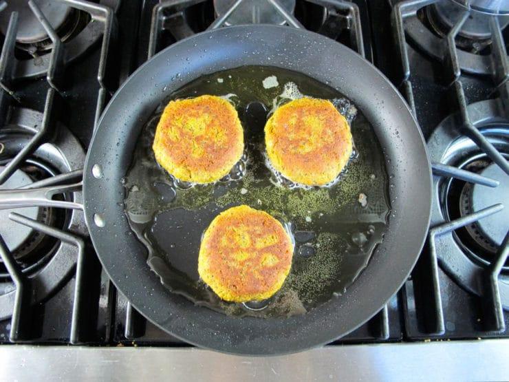 Black-Eyed Pea Burgers - Smoky Vegetarian Burger Recipe