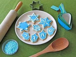 Hanukkah Holiday Sugar Cookies - Recipes and Decorating Tutorial on ToriAvey.com
