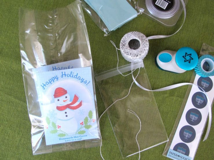 Hot cocoa pouches placed in cellophane bag.