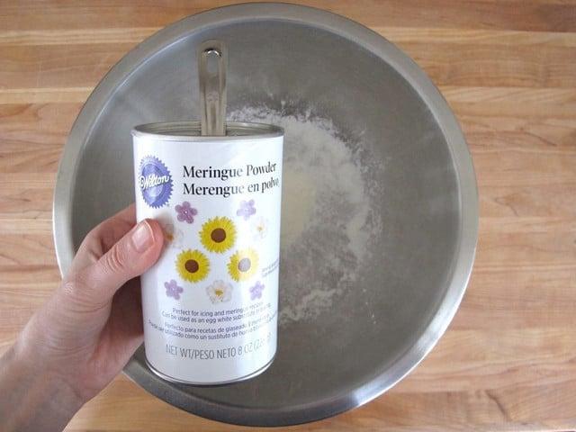 tbsp meringue powder 1 lb (about 4 cups) powdered sugar 1-2 tsp ...