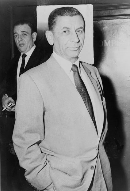 Ratner's Cheese Blintzes: Meyer Lansky's Favorite Dish - Recipe for Cheese Blintzes from Ratner's Dairy Restaurant in New York. Favorite dish of mobsters Meyer Lansky, Bugsy Siegel, Lucky Luciano. Kosher