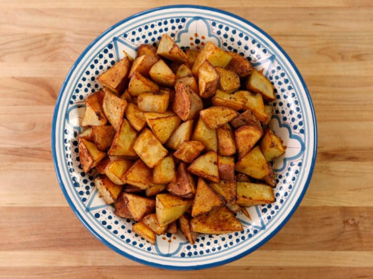 Smoked Paprika Roasted Potatoes - Easy Smoky Vegan Recipe