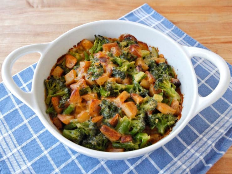 Broccoli Idaho® Potato Gratin - Yummy gratin made with roasted Idaho® Potatoes, broccoli and sharp cheddar cheese. A delicious vegetarian entree or side. Kosher for Passover.