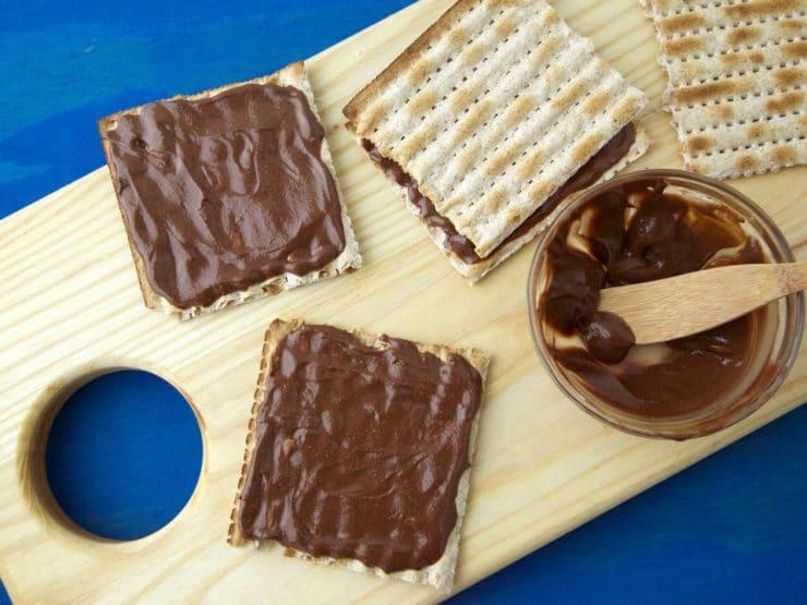 Faux Nutella Matzo Sandwiches