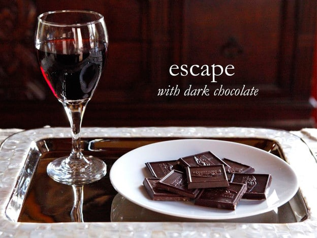 Escape with Ghiradelli Intense Dark - Pairing Chocolate and Wine #escapewithdarkchocolate @ghiradelli