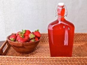 Homemade Strawberry Syrup #recipe #drinks