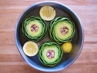 Cleaning, Steaming and Eating Artichokes on TheShiksa.com #cooking #tutorial