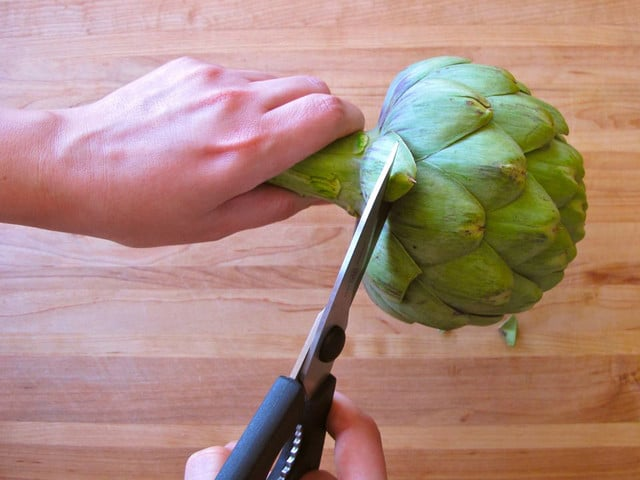 Preparing Raw Artichokes for Salad on TheShiksa.com #cooking #tutorial