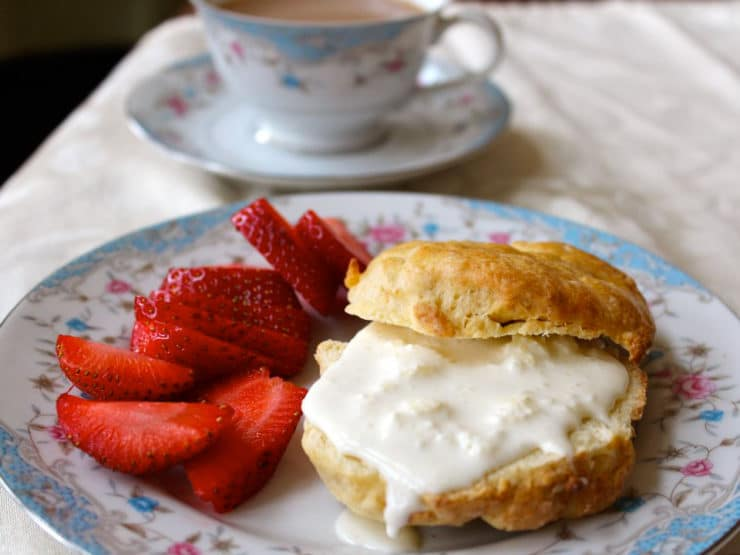 Old Fashioned Way Clotted Cream And Scones
