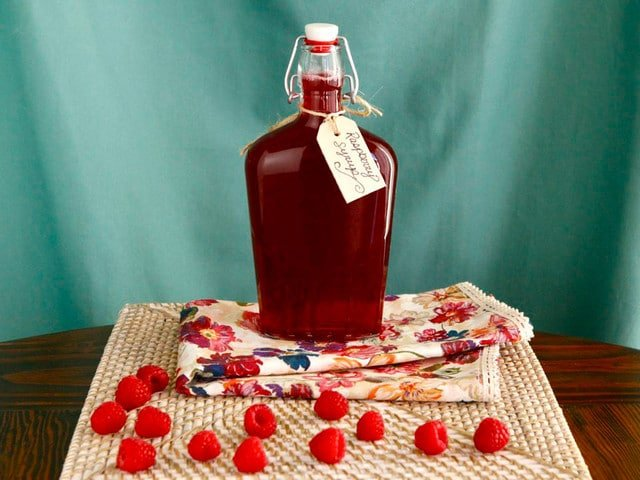 Homemade Raspberry Syrup #recipe #drinks