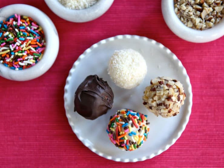 The Old Fashioned Way: Bon Bons - Learn to make bon bons the old fashioned way, with uncooked fondant and your choice of toppings. Easy vintage candy recipe.