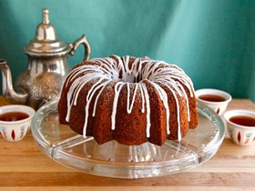 Honey Apple Cake for Rosh Hashanah #jewish #holiday #recipe