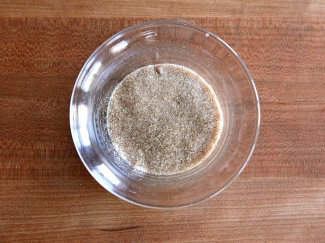 Vegan Egg Substitute - How to Make Flax Eggs and Chia Eggs