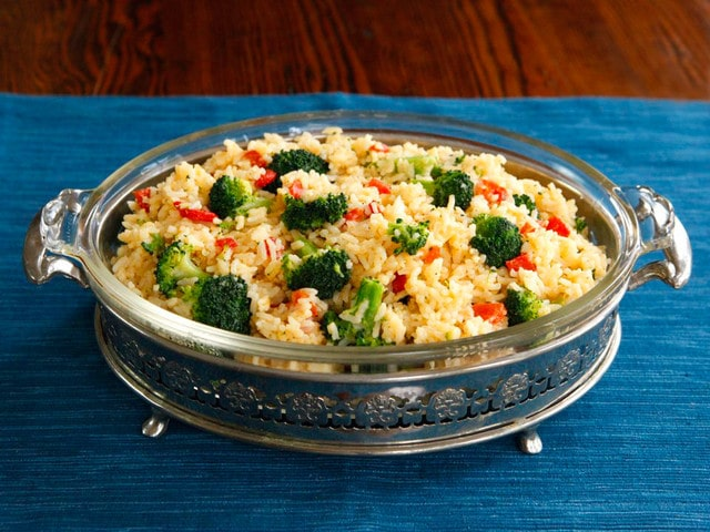 Recipe for Zesty Broccoli Cheddar Rice - Comfort Food with a Kick #WhyICook