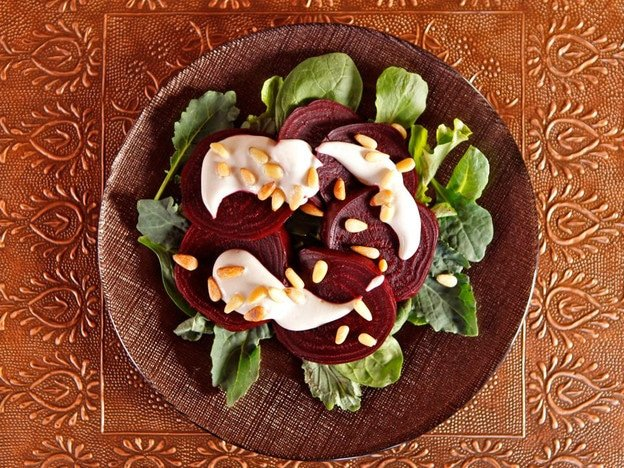 Roasted Beets with Tahini and Pine Nuts - Sweet, earthy beets and creamy sesame tahini dressing. Appetizer salad, aphrodisiac Recipe for Valentine's Day. Vegan, healthy.