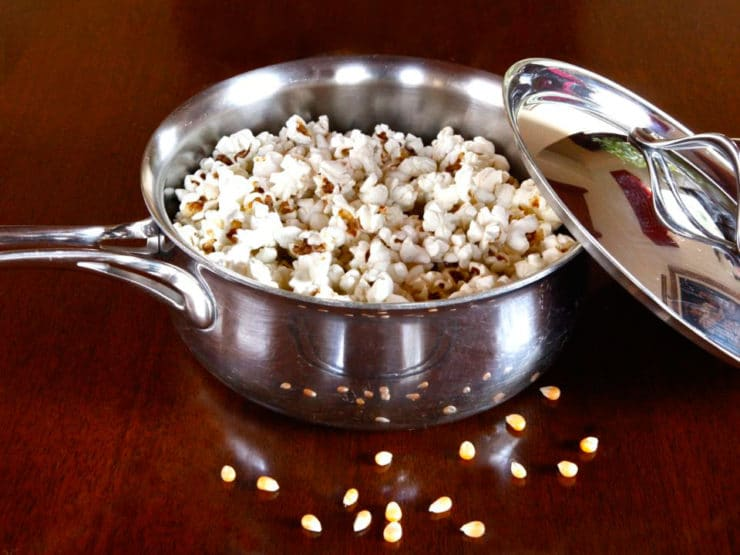 How To Make Popcorn the Old Fashioned Way - Learn how to make popcorn the old fashioned natural way, no popper required, in a pot on the stovetop! It's simple & healthier than microwave popcorn.