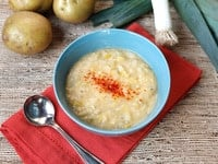 Smoky Potato Leek Soup - Easy, Cozy, Comforting Vegetarian Winter Soup Recipe by Tori Avey