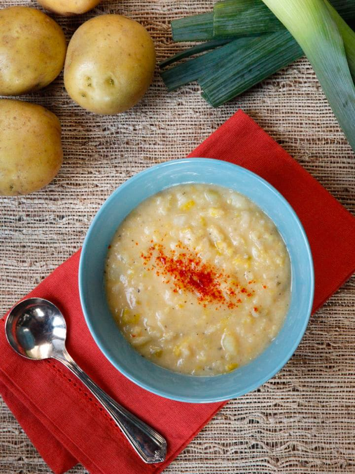 Smoky Potato Leek Soup - easy, cozy, comforting and healthy vegetarian soup recipe by Tori Avey. Perfect for cold weather.
