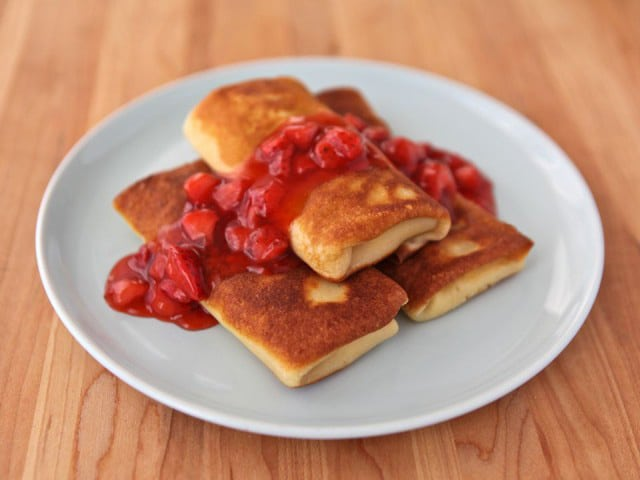 Cheese Blintzes - Recipe for cheese blintzes stuffed with ricotta and cream cheese. Includes step-by-step photos. Jewish, kosher, dairy, deli foods.