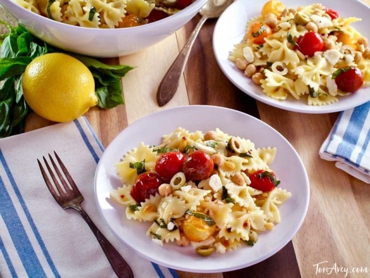 Lemon Pasta Salad Recipe with Roasted Tomatoes, Chickpeas and Feta