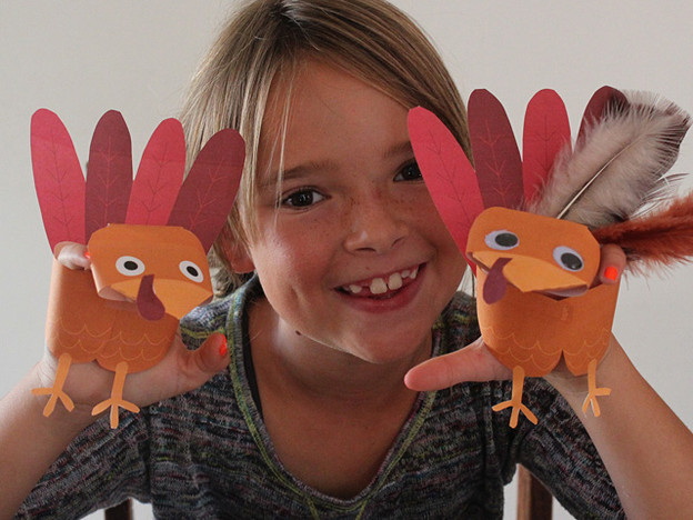 Homemade Thanksgiving Craft for Kids - Turkey Puppet, Free Printable Cutouts