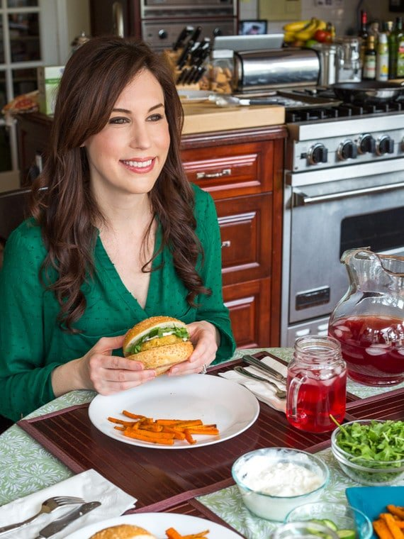 Cooking With Blue Apron - A peek inside my kitchen, cooking with Blue Apron delivery service + an offer for two free meals!