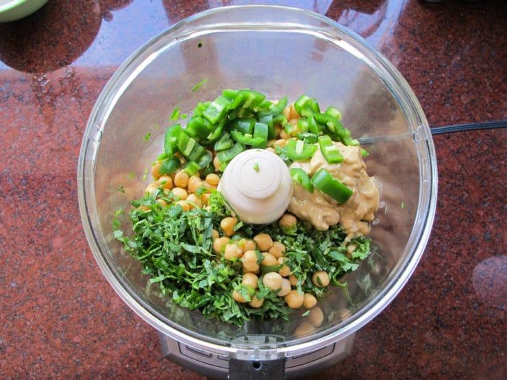 Spicy Jalapeño Hummus - Healthy Green Mezze Recipe. Lighter, Zesty Alternative to Guacamole. Serve with Pita Chips, Bread or Crudités #vegan