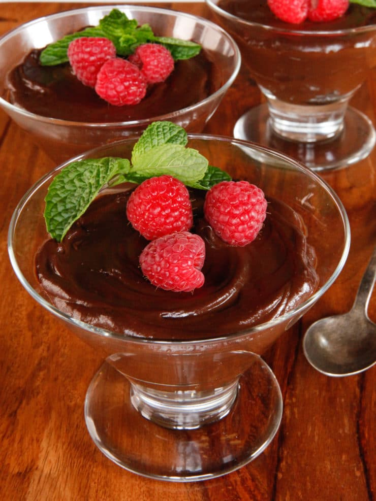 Vegan Dark Chocolate Mousse - All Natural Recipe, Dairy-Free Dessert. Sugar Free Option. Healthy and Delicious.