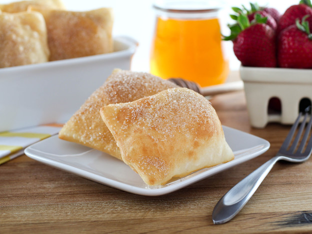 Sopapillas – Fried Pastry Topped with Cinnamon Sugar and Honey. Time-Tested Recipe.